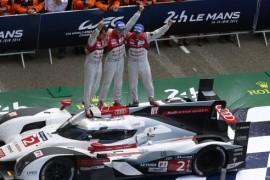 Audi-consigue-doblete-horas-Mans_TINIMA20140615_0466_5