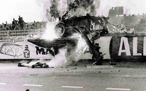 le-mans-18h35-le-carnage-1955accident11nouvelouehv5-