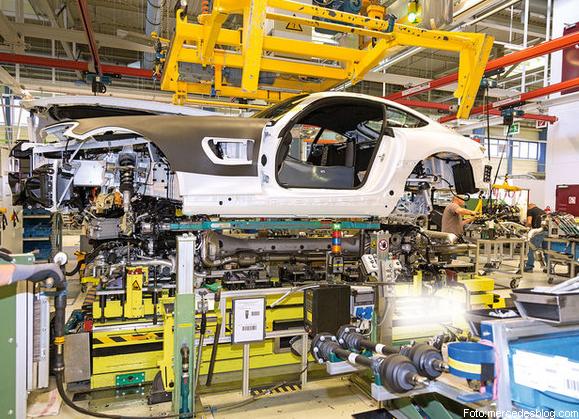 Mercedes benz es investigado en ee uu motor y dominio for Motores y vehiculos nj