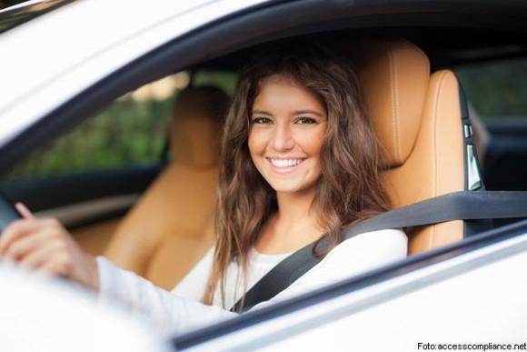 AUTO IDEAL PARA JÓVENES PRINCIPIANTES
