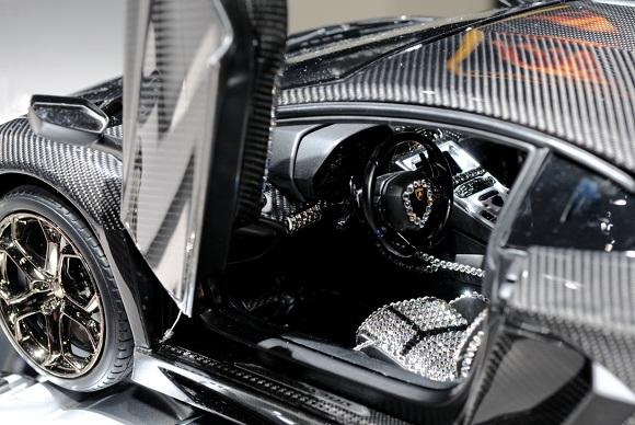 Lamborghini Aventador LP700-4 (1 a 8) (12)