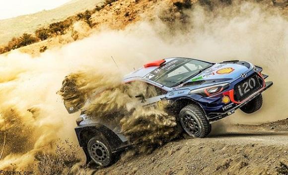 THIERRY NEUVILLE Y KALLE ROVANPERA WRC 2018 FIA