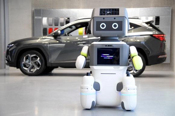 """HYUNDAI MOTOR GROUP PRESENTA EL ROBOT HUMANOIDE AVANZADO """"DAL-e"""" PARA SERVICIOS AUTOMATIZADOS AL CLIENTE"""